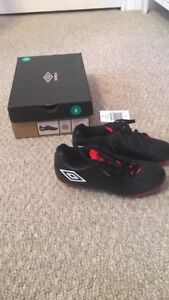 Kids size 2 soccer cleats - new