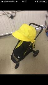 Toy Mamas and papas armadillo pushchair ideal Christmas gift