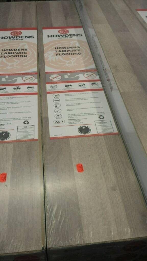 Grey Wood Effect Laminate Flooring Howdens Price Per Square