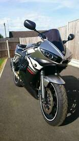 Yamaha R6 2004. Great Condition. Low Miles.