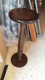 Wood Small Table for plant pot etc flowet vase £5 call 07523488237