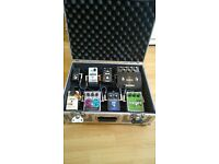 Bass effects and pedalboard