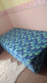 3 ft Single Bed Base & Mattress, Excellent Condition.