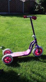 Disney princess 3 wheeler scooter - good condition