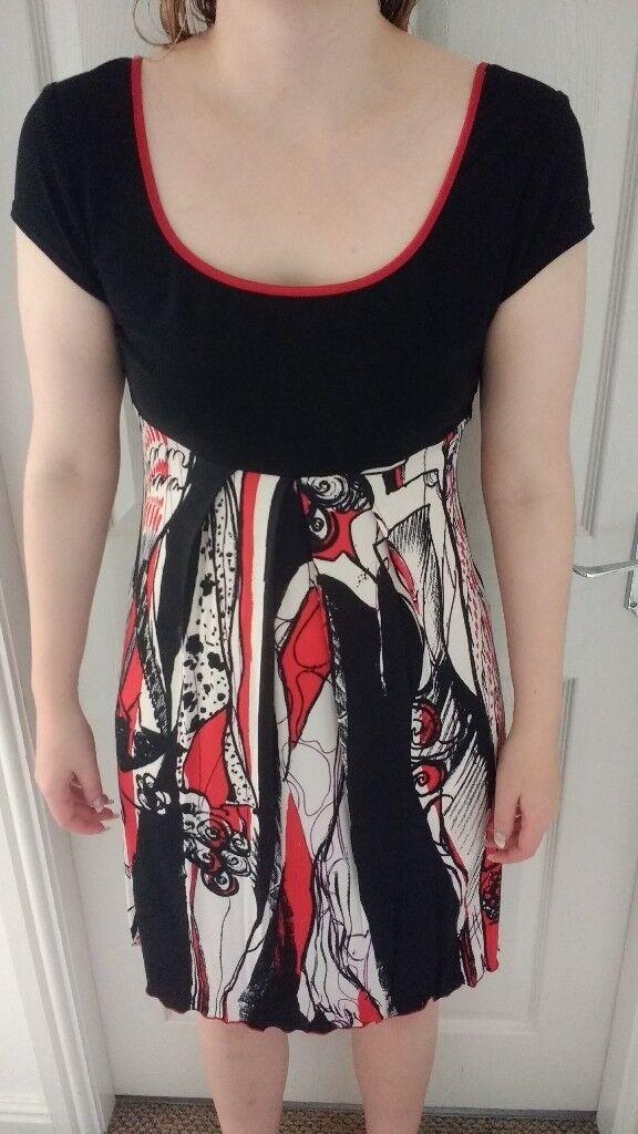 Joseph Ribkoff ladies above knee dress black/red/cream size 14