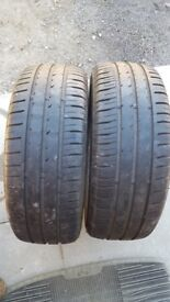 Tyres 195/50 x 15inch. Set of 4. 2 x Fulda and 2 x Nexan tyres. Good tread and no damage on tyres