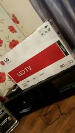 32 inch LG LED TV with freeveiw