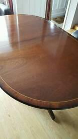 mahogany extending dining table vgc