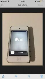 Apple iPod Touch 4th Gen White 8GB **GOOD CONDITION**