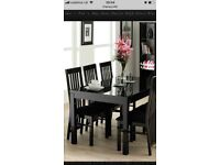 Amazing Black gloss dining table and chairs