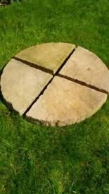 Paving stones patio slabs cream 600mm diameter circular quarter circles