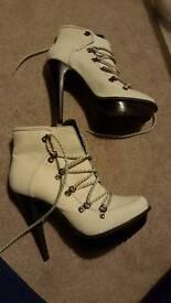 Ladies heeled boots