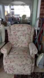 Electric Reclining chair. Very good condition