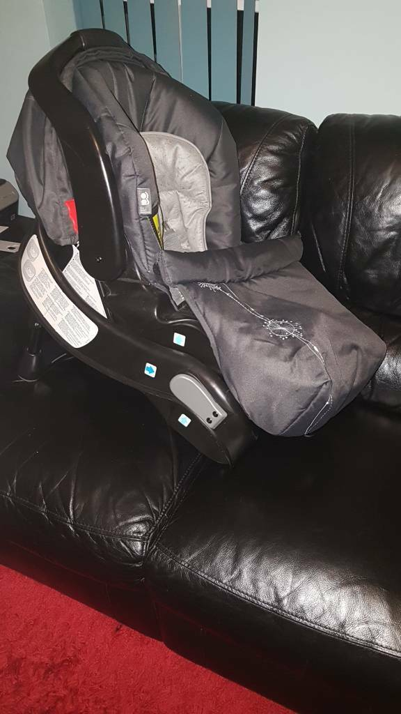 Car baby seat with isofix adapter