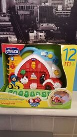 Chicco Talking Farm (Bilingual) BRAND NEW