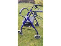 Mobility walker 'Days' model 105B blue with rest seat, bag and 4 wheels