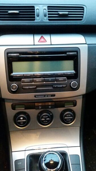volkswagen original cd autoradio rcd310 in niedersachsen. Black Bedroom Furniture Sets. Home Design Ideas