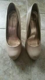 Ladies Beige heels