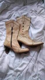 NEW ROCK TAN LEATHER BOOTS WITH GOLD DETAIL