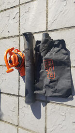 Leaf blower very good condition black and decker