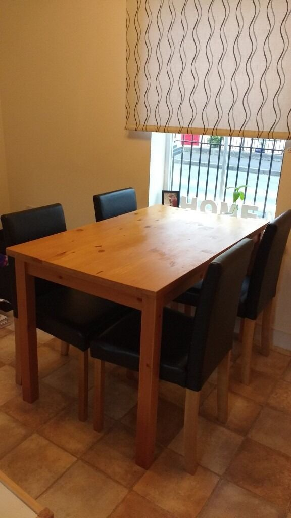 Dining Set for saletable and four chairsin Swindon, WiltshireGumtree - Dining Set for sale table and four chairs. Chairs in good condition, table still sturdy but showing signs of wear