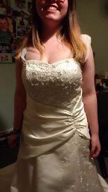 Wedding dress 12/ 16 Ivory/ cream, Corset back