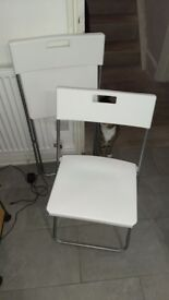 2 Folding Chairs in white