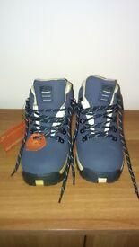 Ladies waterproof walking boots