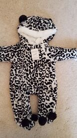 Brand new with tag - Animal print girl's snowsuit size 6-9 months