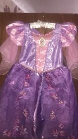Disney Rapunzel Dress Age 5 with tags