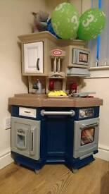 Little tikes cozy coupe kitchen