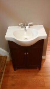 Washroom Vanity, Sink and Faucet Combo