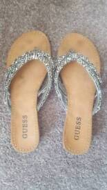 Guess ladies leather flip flops size 3-4