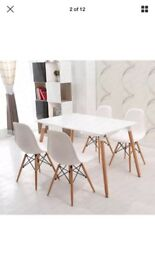 Modern scandi style table/desk. White top with wooden legs.