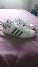 Adidas court star trainers size 7