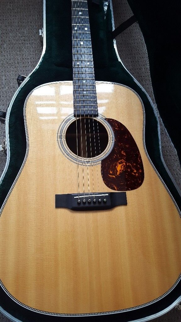 MARTIN HD28 2015 AS NEW MINT REDUCED