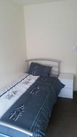 Cheap Single room levenshulme £300 bills included