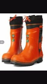 £45 Husqvarna chainsaw protective boots