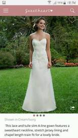 Sweetheart bridal gown in ivory size 12/ 14 style 6130