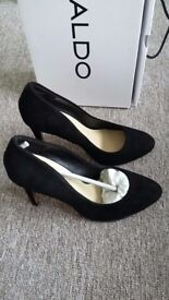 Aldo court shoes size 4 brand new with box