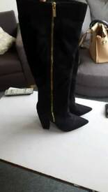 Women's size 8 heeled boots