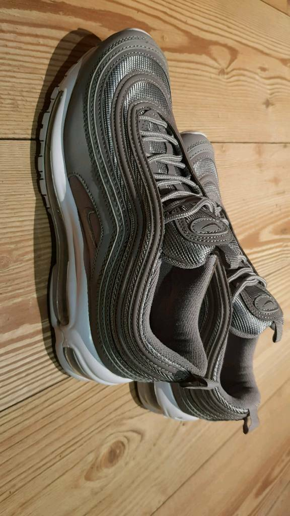 3557bb16f3 Air max 97 size 7