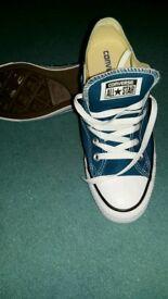 For sale Ladies Geninue Converse shoes size 7 No Box