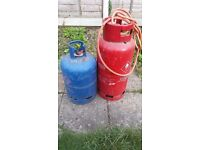 2 gas cylinders both for £10