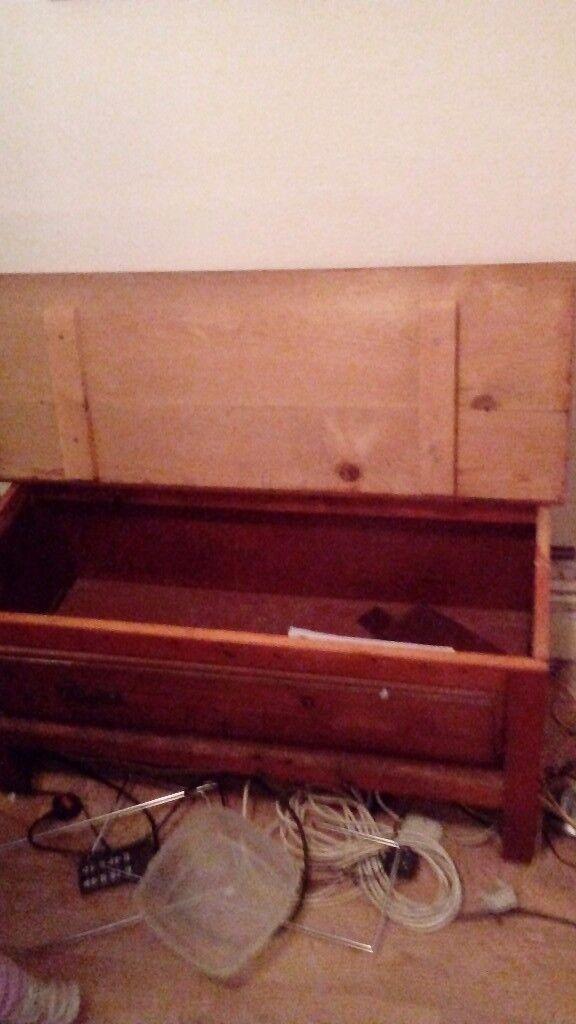 Storage chest and wardrobe