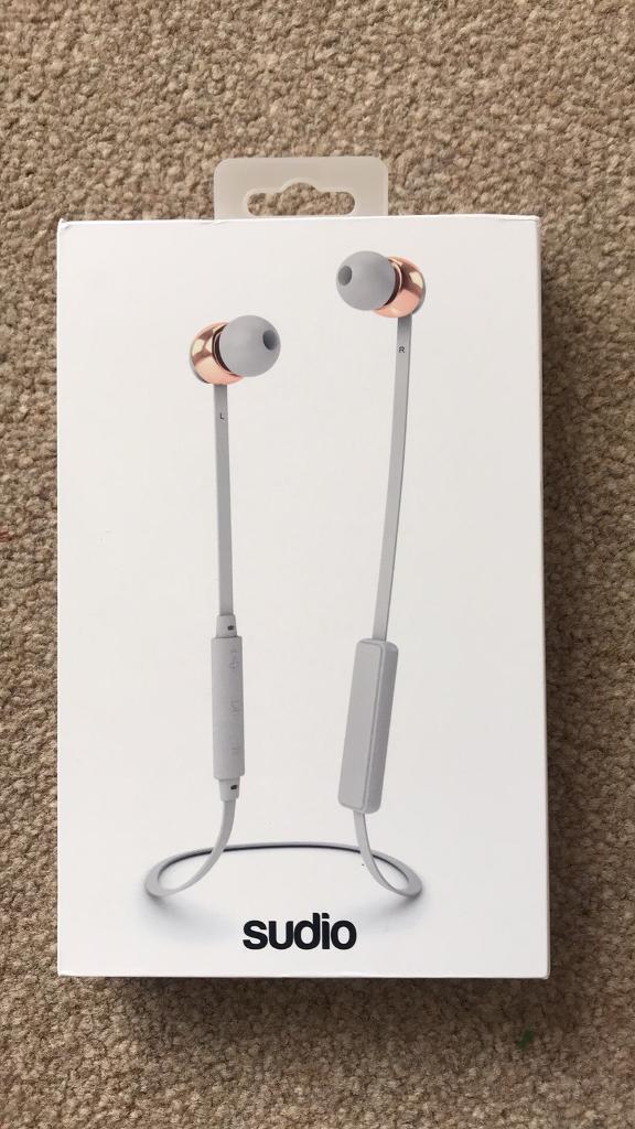 Vasa Bla Bluetooth earbuds