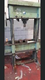 Hydrukic press for sale