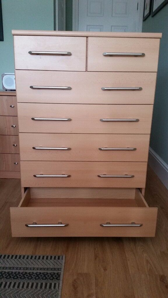 Bedroom Chest of Drawers & Bedside Cabinet