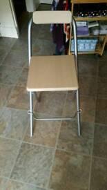 Foldable bar stool