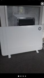 DIMPLEX PANEL HEATER USED TWICE EXCELLENT CONDITION WALL MOUNTED/FREESTANDING ADJUSTABLE HEAT
